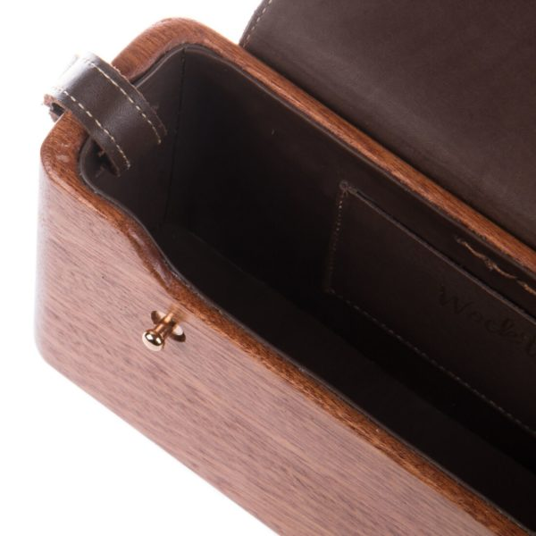 The Brown Mahogany WagBag